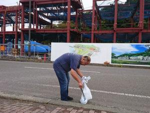 金ヶ崎緑地公園の定期清掃